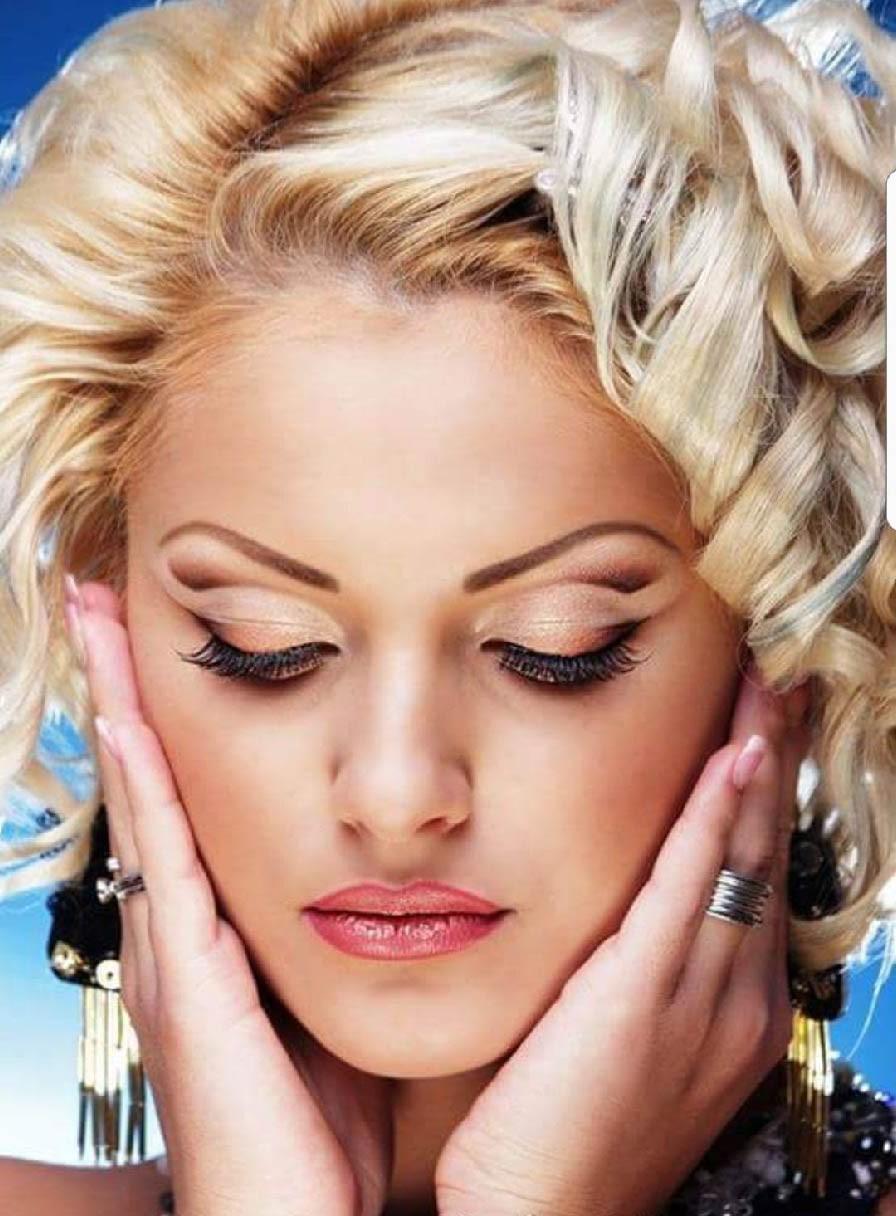 Geta Make-up
