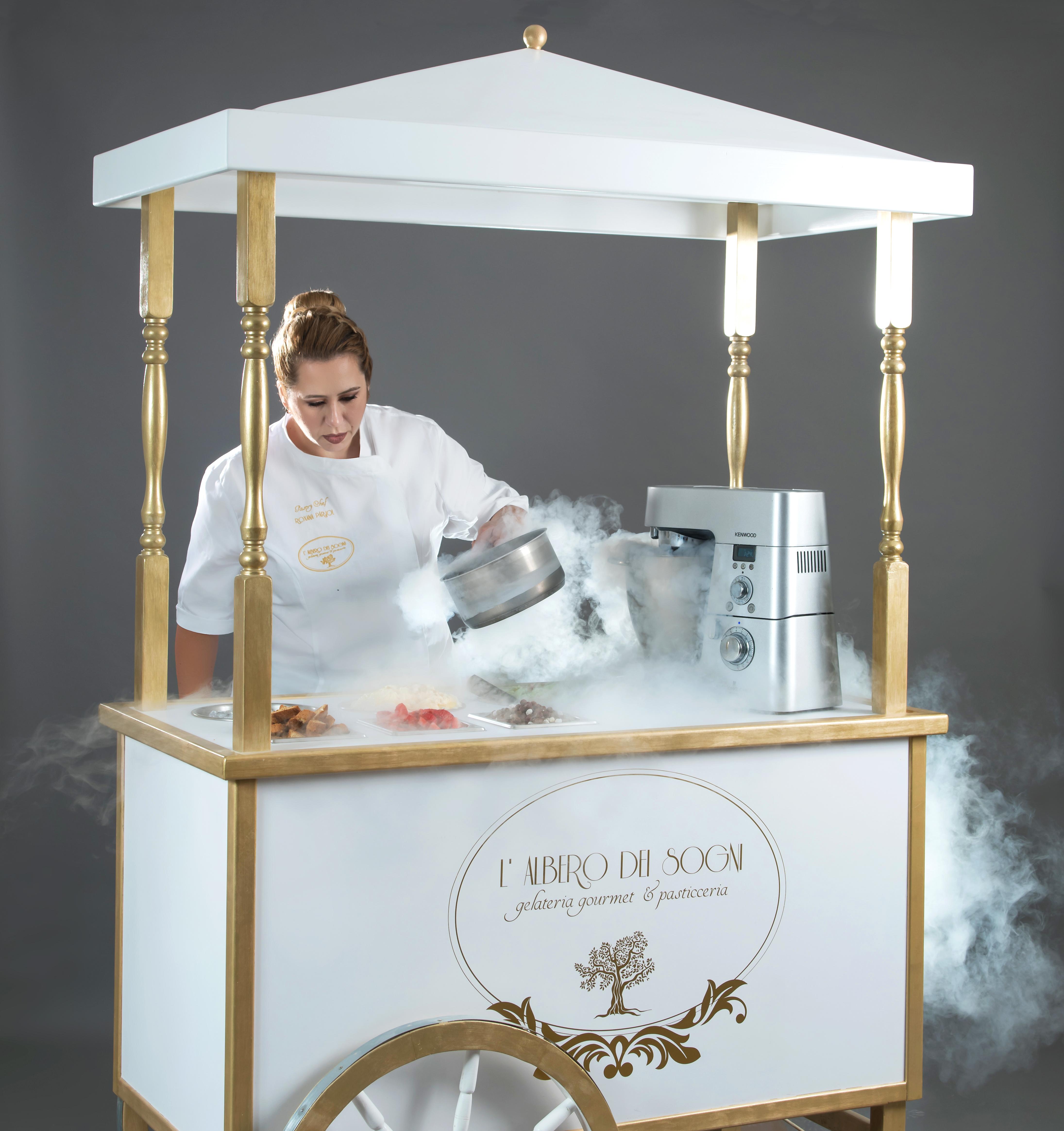 Ice cream bar molecular